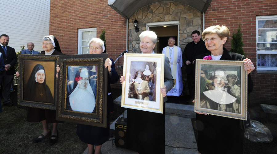 IHM Sisters Join Celebration and Dedication of Maria Kaupas Center