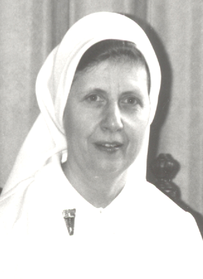 Carleen Boehlert-nurses uniform-sm