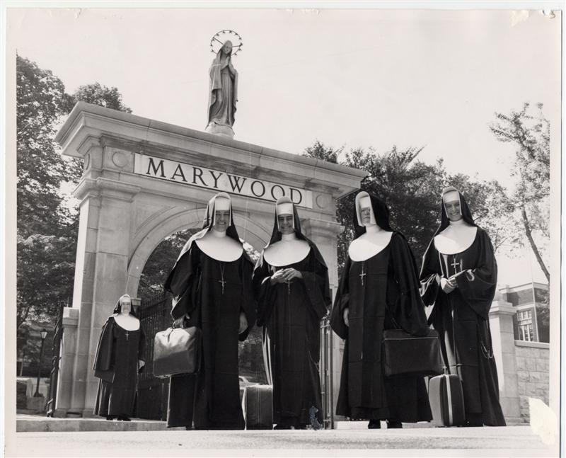 IHM Sisters going to Peru 1960